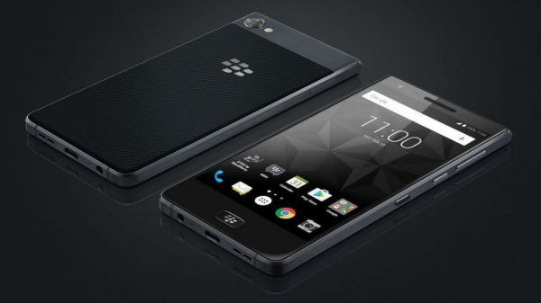 The BlackBerry Motion has no physical keyboard and its battery life is enormous