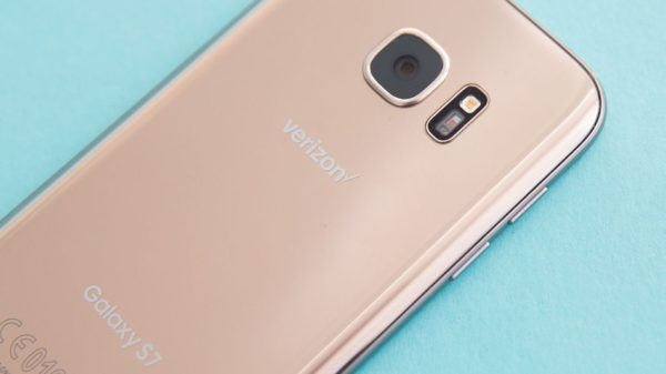 Verizon will now come to your house to fix your cracked phone screen, you irresponsible slob