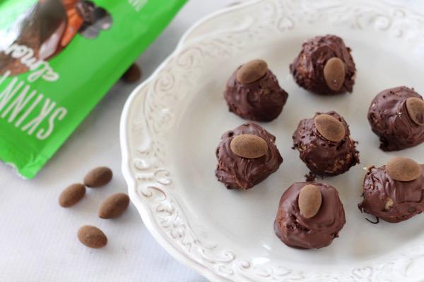 Healthy homemade Almond Joy Bites Recipe