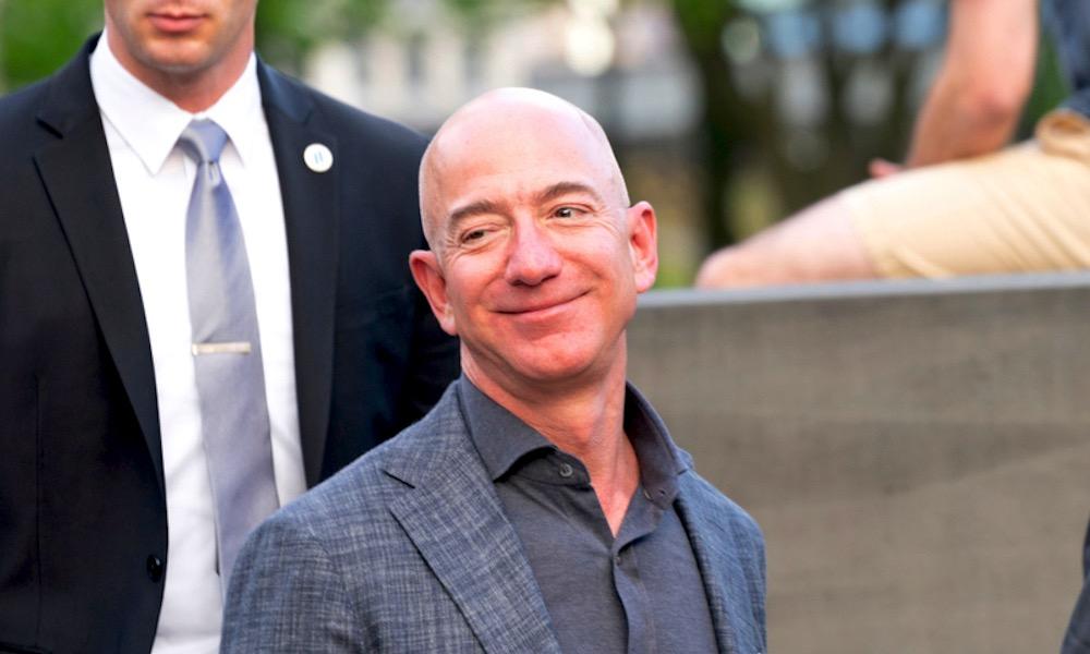 Amazon CEO Jeff Bezos to Step Down